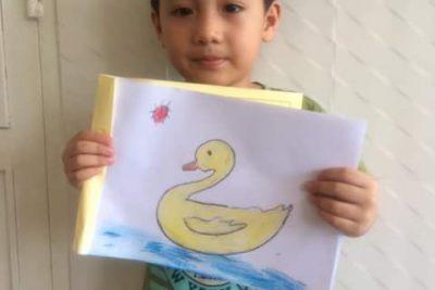 Tiết học mỹ thuật của trẻ lớp bé 2 sau nghĩ dịch
